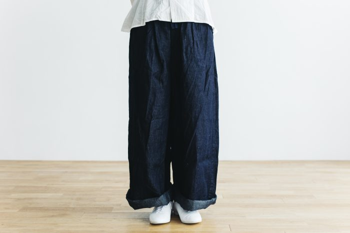 DENIM long roomy pants 1