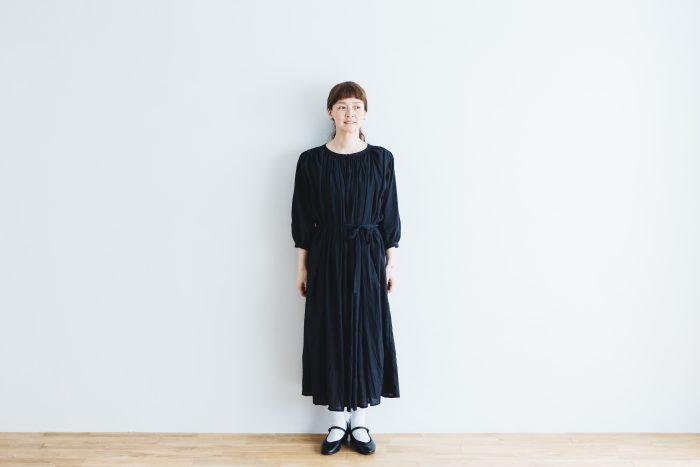 COTTON GATHER ONE-PIECE DRESS  black 1