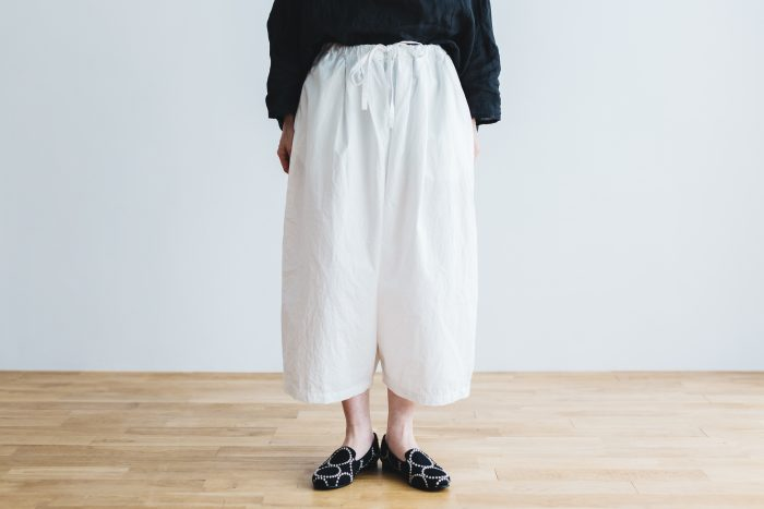 WETHER CLOTH WIDE SAROUEL PANTS   white 1