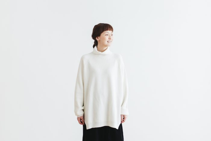 Wool turtle-neck Pull Over  milk 1
