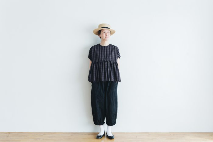 switing gather wide pull over  GARMENT DYE   charcoal gingham 3