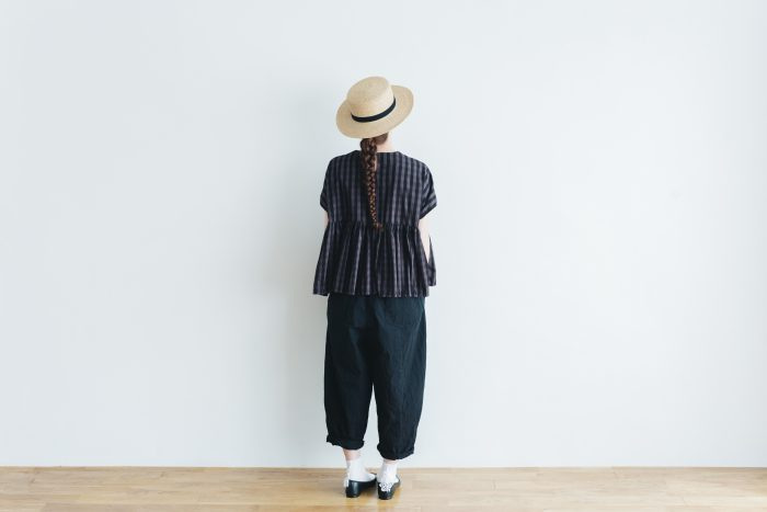 switing gather wide pull over  GARMENT DYE   charcoal gingham 4