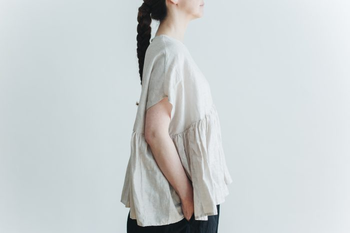 switing gather wide pull over  greige 5