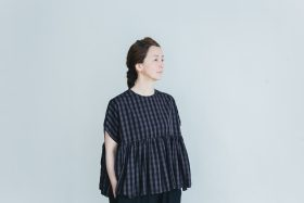 switing gather wide pull over  GARMENT DYE   charcoal gingham 5