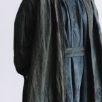 湖水の淵の花 羽織コート  blue black