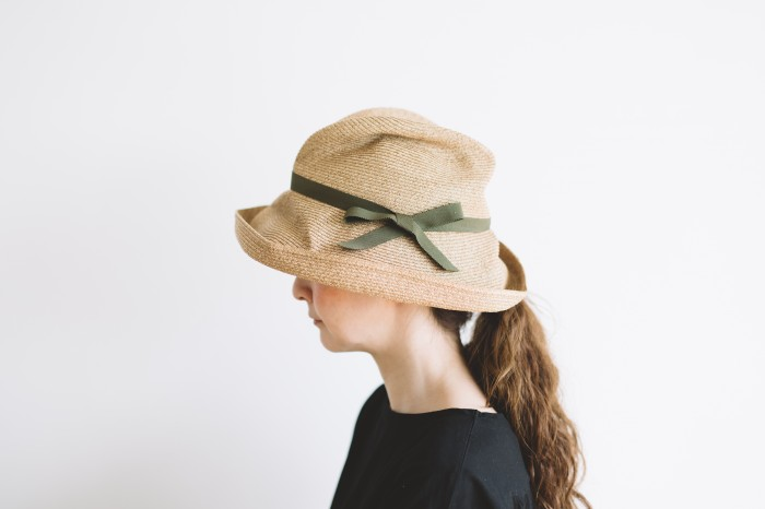 BOXED HAT brim 11㎝  khaki 1