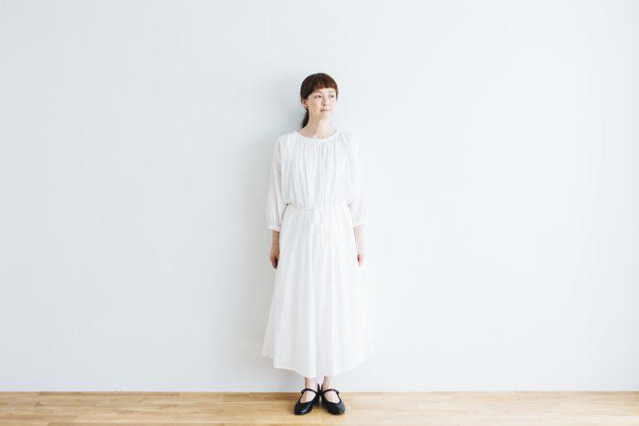 COTTON GATHER ONE-PIECE DRESS  off white 1