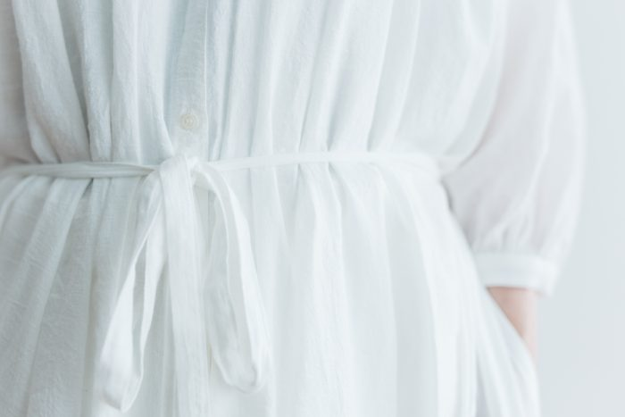 COTTON GATHER ONE-PIECE DRESS  off white 5