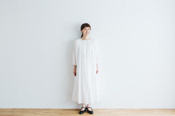COTTON GATHER ONE-PIECE DRESS  off white 6