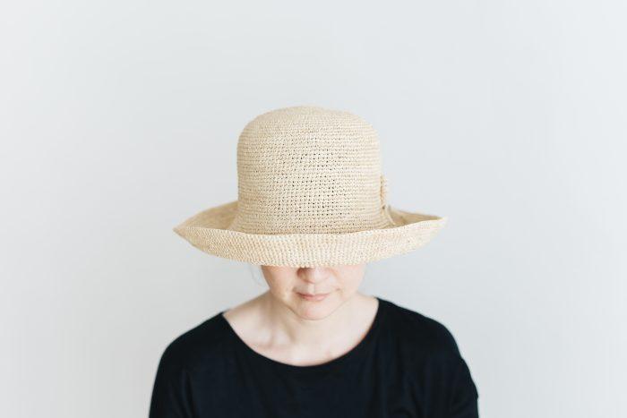 raffia hat wide ornament 1
