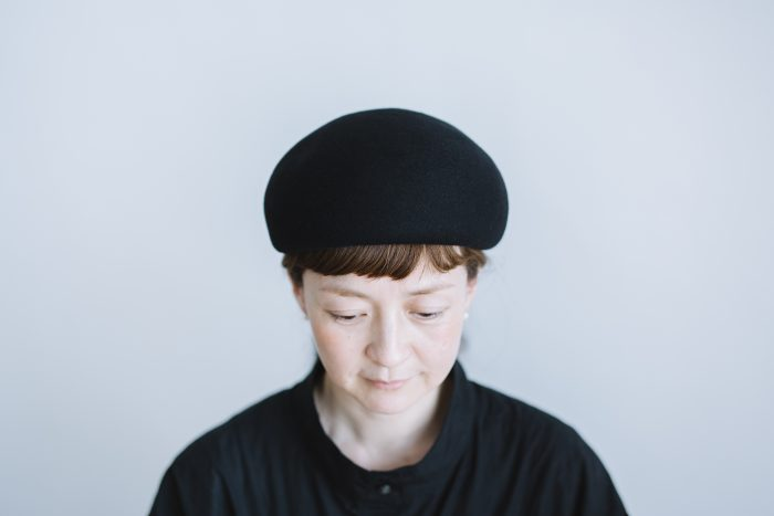 Japanese old wooden block beret  black 1