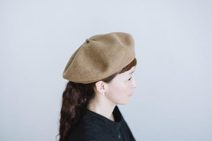 beret top gather big  mocha 2