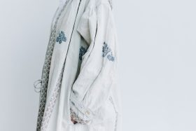 湖水の淵の花 羽織コート  beige gray 5