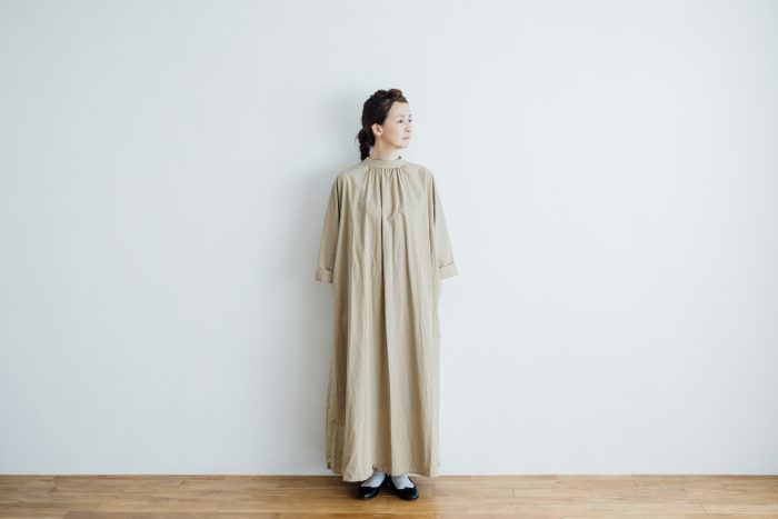 collaboration  one-piece 「eto」 beige 1