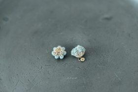 snow blue+ 小つぶピアス 3