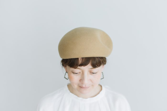 Japanese old wooden block beret  beige 1