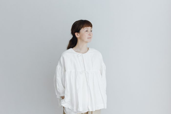STRING GATHER BLOUSE white 1