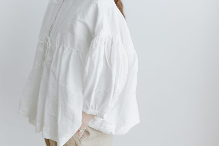 STRING GATHER BLOUSE white 2