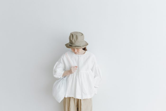 STRING GATHER BLOUSE white 6