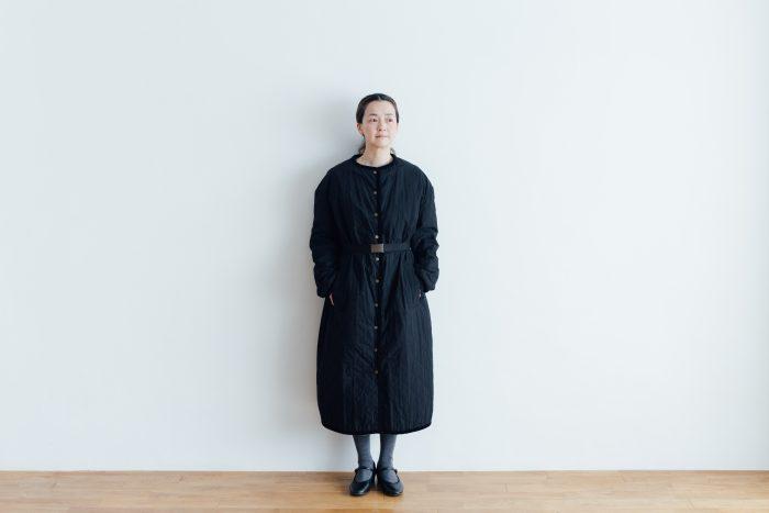 Ecru et pousse 限定  QUILTING LONG COAT black 1