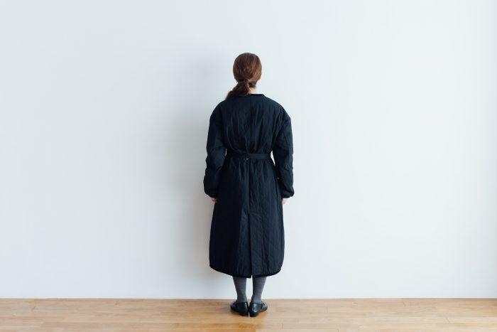 Ecru et pousse 限定  QUILTING LONG COAT black 2