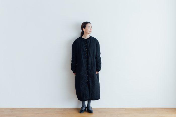 Ecru et pousse 限定  QUILTING LONG COAT black 3