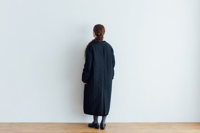 Ecru et pousse 限定  QUILTING LONG COAT black 4