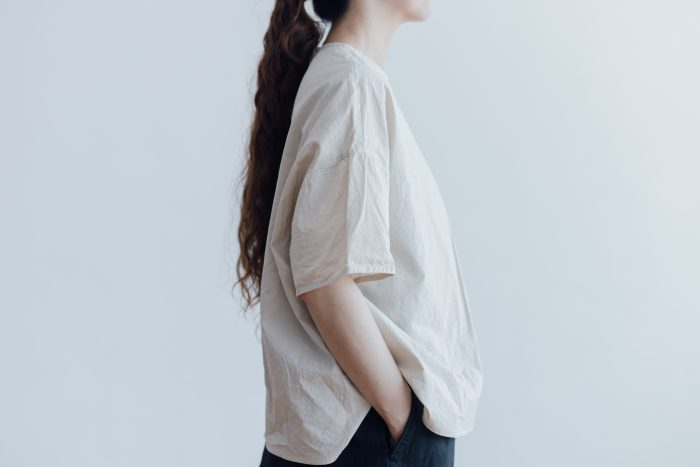 GARMENT DYE PULL OVER BLOUSE ivory 2