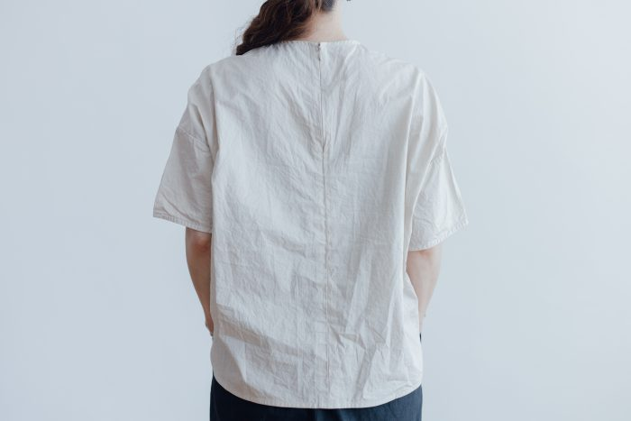 GARMENT DYE PULL OVER BLOUSE ivory 3