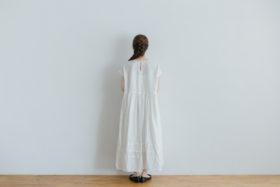 予約 FRENCH SLEEVE ONE-PIECE white 3