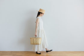 予約 STRING TUCKED NO SLEVE  ONE-PIECE  milk 6