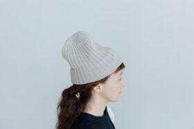 slant cutting knit cap cashmere 100 light greige 1