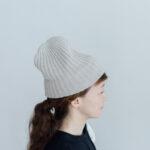 slant cutting knit cap cashmere 100 light greige
