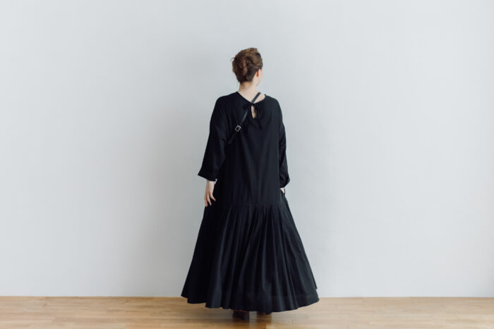 予約 2WAY LOW PLEATS ONE PIECE  black 6