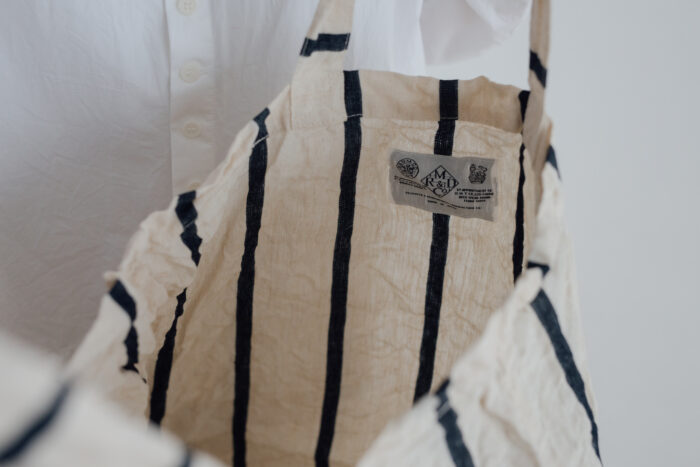 LETTERD BAG white×navy 4