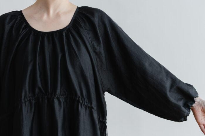 Khadi Silk Back Button Dress   Black 4