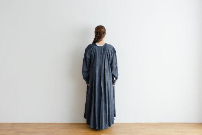Khadi Cotton Silk Gather Tuck Dress Darkgray 3