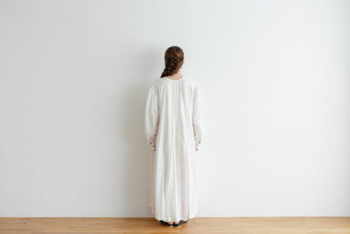 Khadi Cotton Silk Gather Tuck Dress offwhite 3