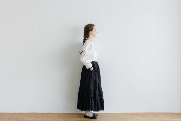 琵琶の音  スカート black 2