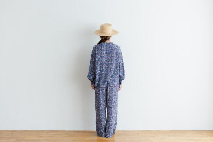 予約 R039 FLORAL STAND COLLAR PULLOVER blue 3