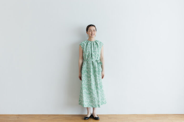 J/W/B NO SLEEVE DRESS green 1