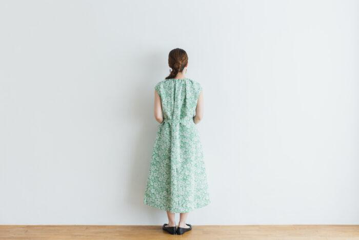 J/W/B NO SLEEVE DRESS green 3