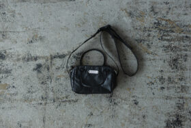 GLOSSARY MINI SHOULDER BAG 3