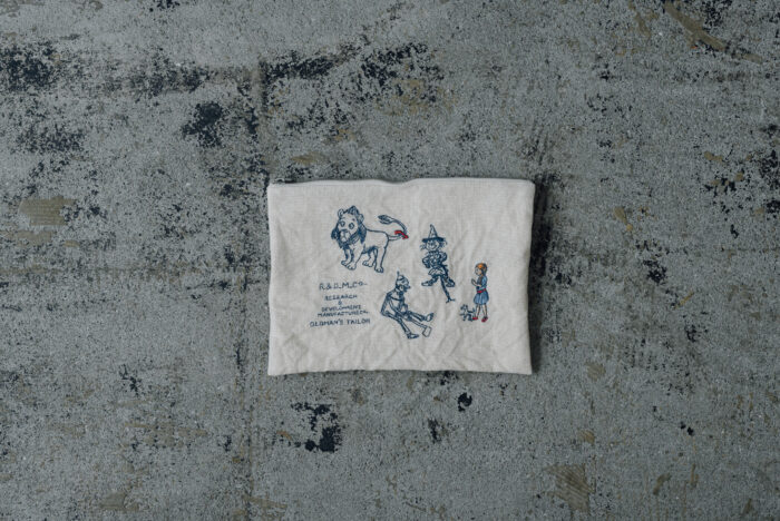 OZ EMBROIDERY POUCH 1