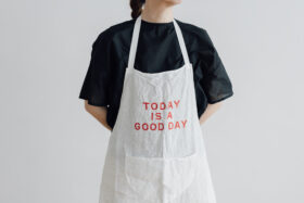 TODAY IS A GOOD DAY APRON 4