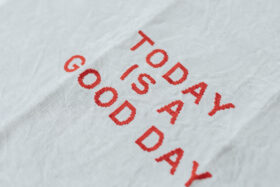 TODAY IS A GOOD DAY KITCHEN CLOTH 2