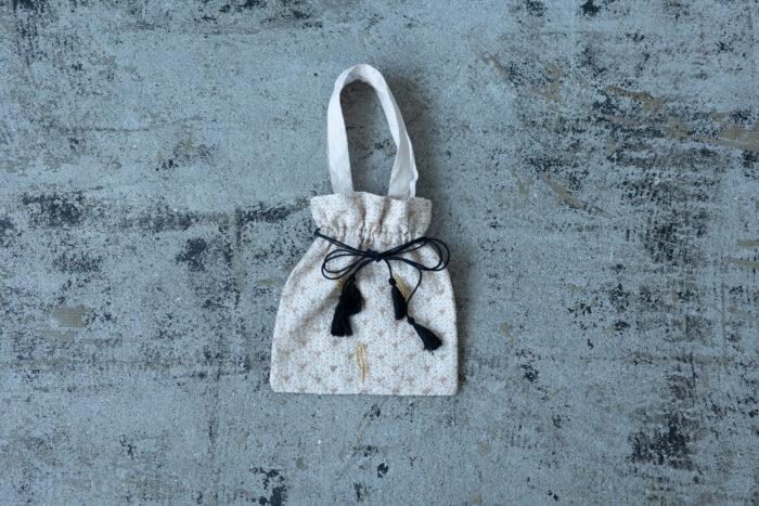 Embroidery Drawstring Bag L.gray 2