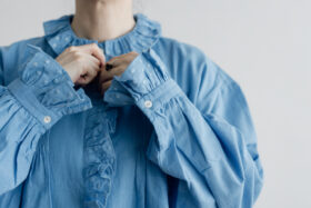 Embroidery Pintuck Blouse Sax blue 4